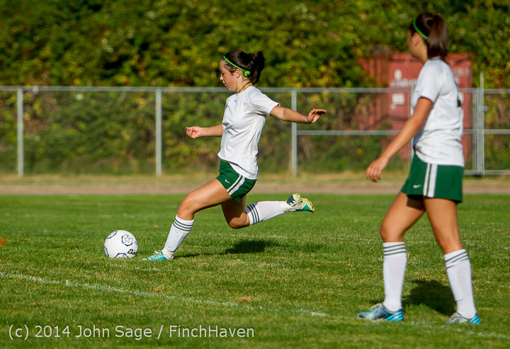 2844 Girls Varsity Soccer v Chief-Sealth 092214