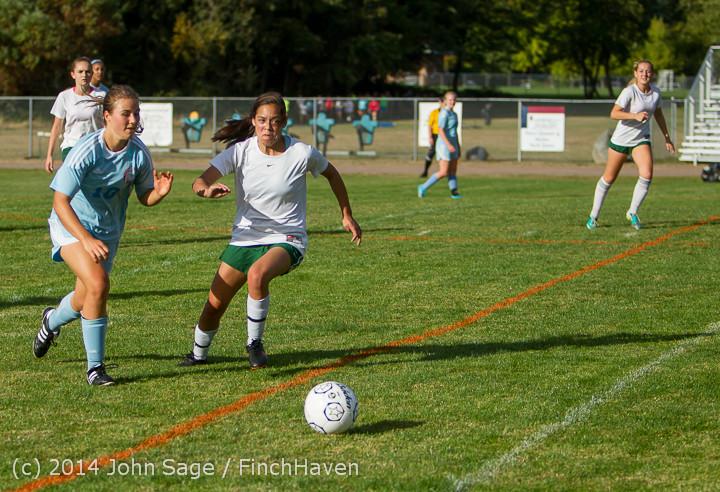 2927 Girls Varsity Soccer v Chief-Sealth 092214
