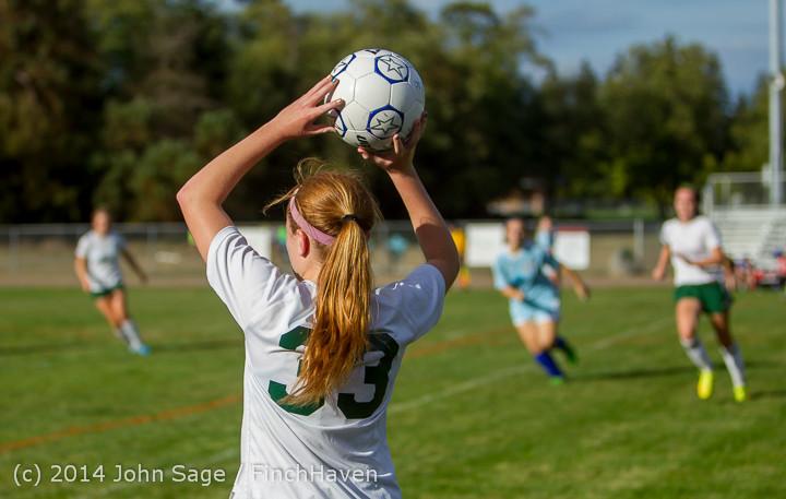 2934 Girls Varsity Soccer v Chief-Sealth 092214