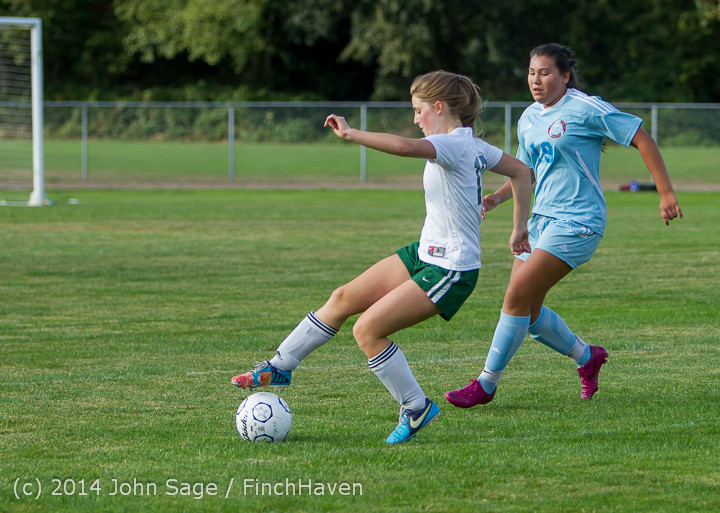 3035 Girls Varsity Soccer v Chief-Sealth 092214