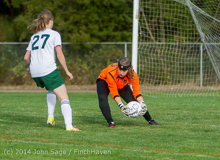 3068_Girls_Varsity_Soccer_v_Chief-Sealth_092214