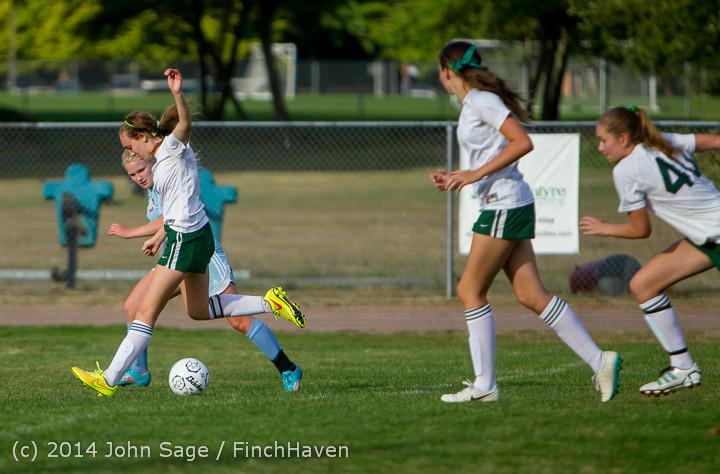 3132 Girls Varsity Soccer v Chief-Sealth 092214