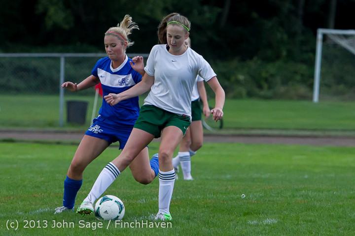 7719_Girls_Soccer_v_Life-Chr_092313
