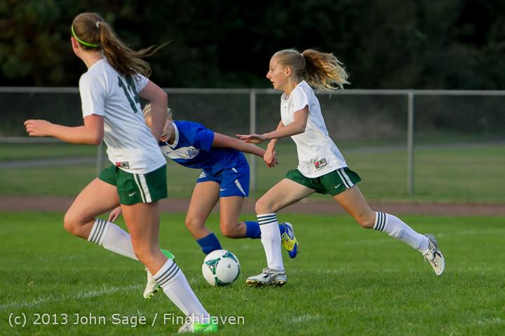 8019_Girls_Soccer_v_Life-Chr_092313