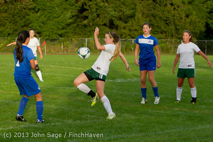 8037_Girls_Soccer_v_Life-Chr_092313