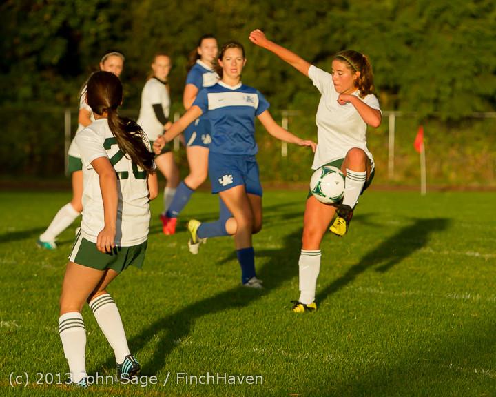 8262_Girls_Soccer_v_Life-Chr_092313