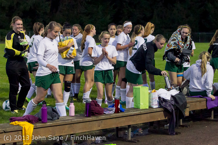 9226 Girls Soccer v Life-Chr 092313
