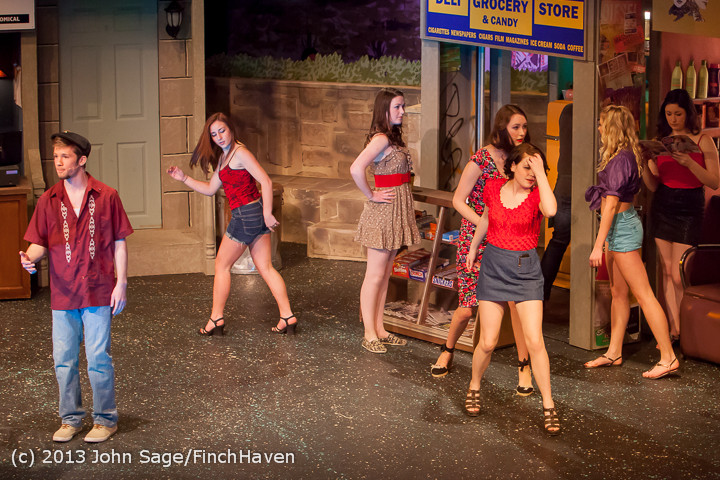 5154 In The Heights VHS Drama 2013 032413