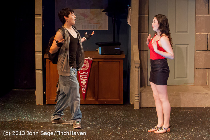 5482 In The Heights VHS Drama 2013 032413