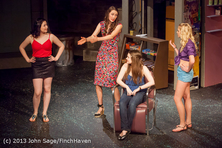 5647 In The Heights VHS Drama 2013 032413