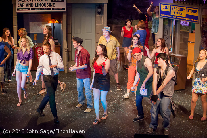 5832 In The Heights VHS Drama 2013 032413