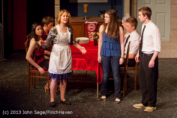 6104 In The Heights VHS Drama 2013 032413