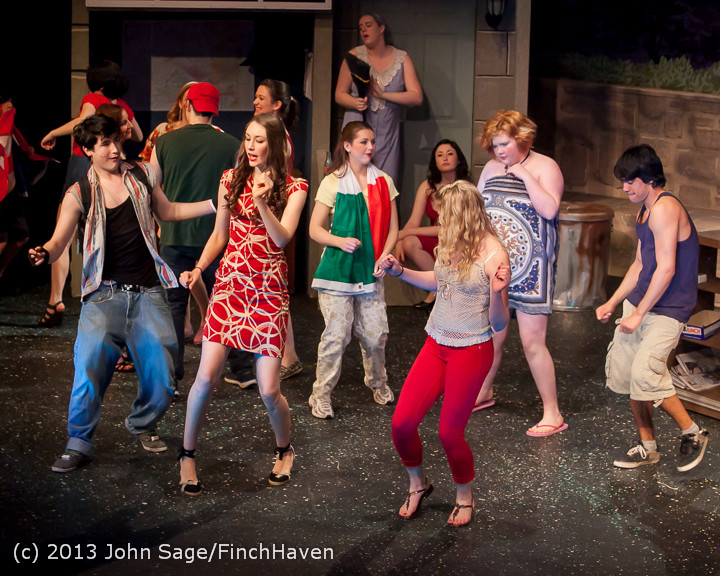 6572 In The Heights VHS Drama 2013 032413