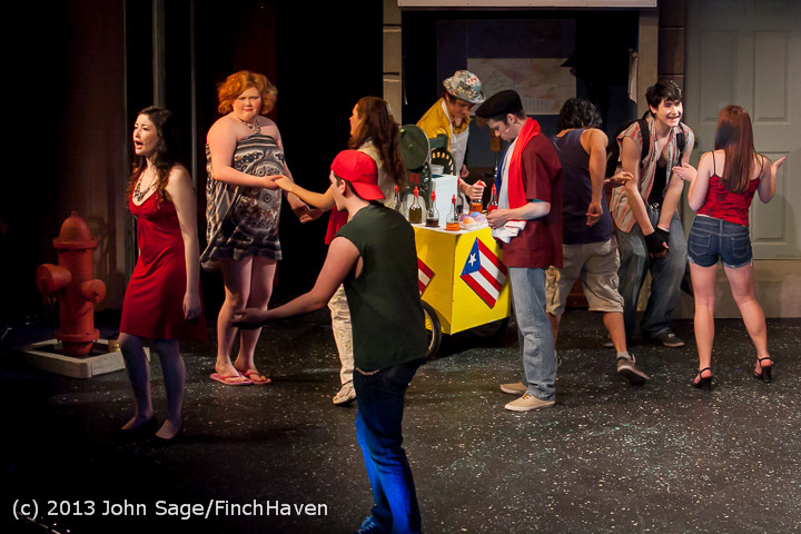 6687 In The Heights VHS Drama 2013 032413