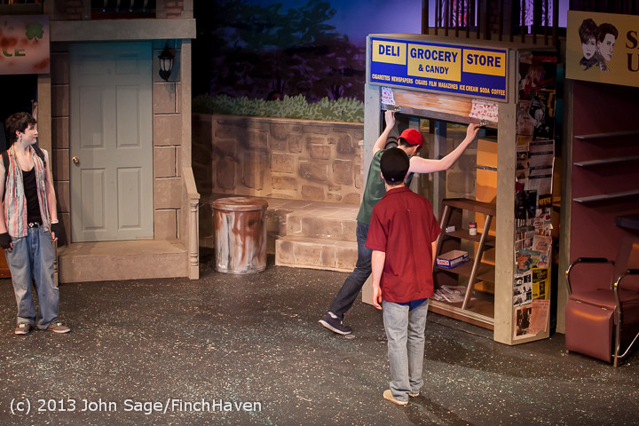 7071 In The Heights VHS Drama 2013 032413