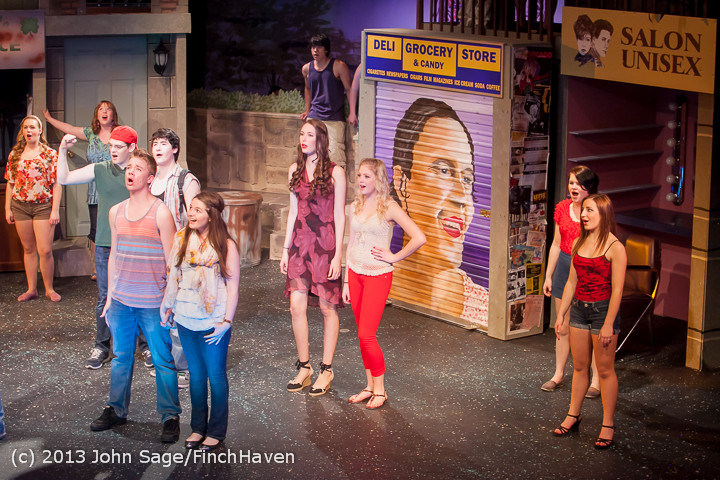 7177 In The Heights VHS Drama 2013 032413