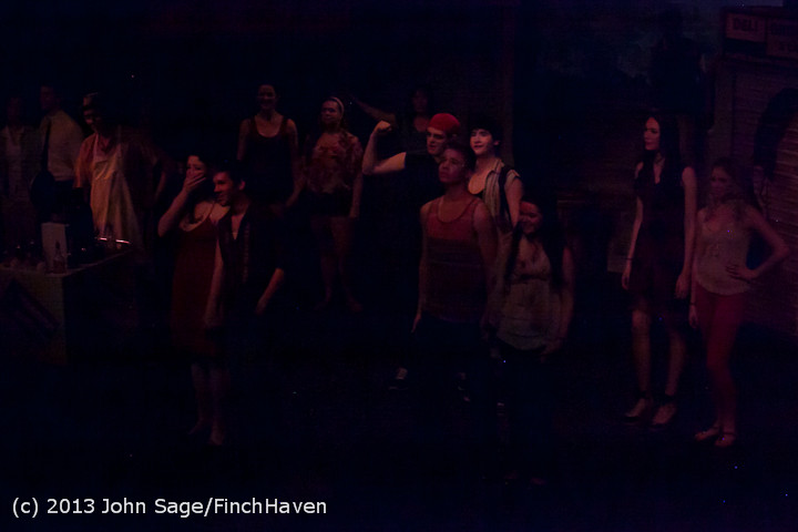 7187 In The Heights VHS Drama 2013 032413