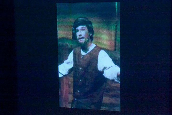 7517 In The Heights VHS Drama 2013 032413