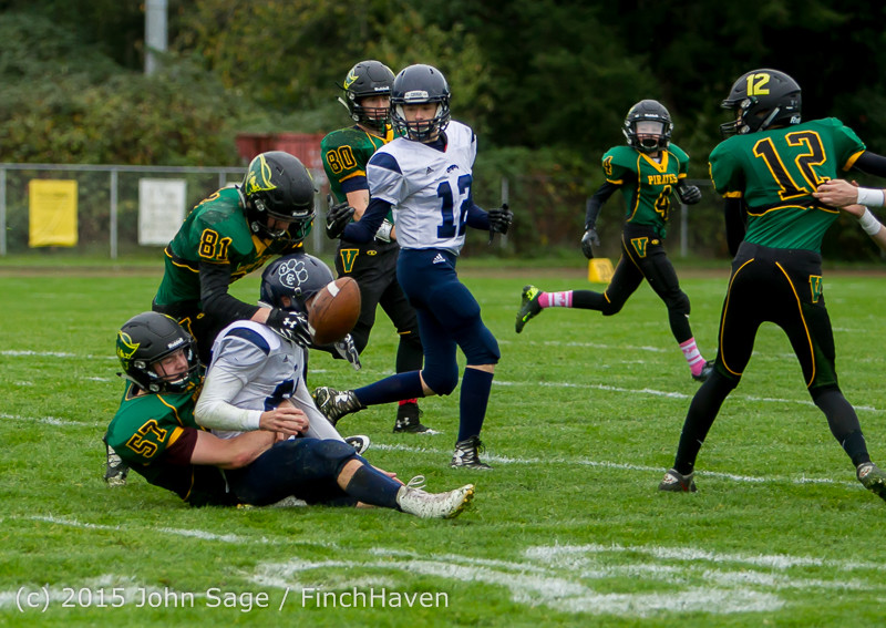 20013_JV_Football_v_Casc-Chr_102615