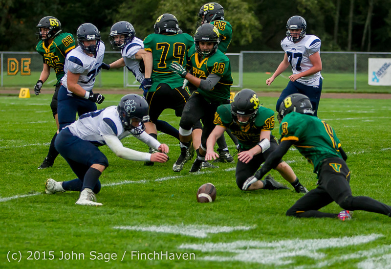 20281_JV_Football_v_Casc-Chr_102615