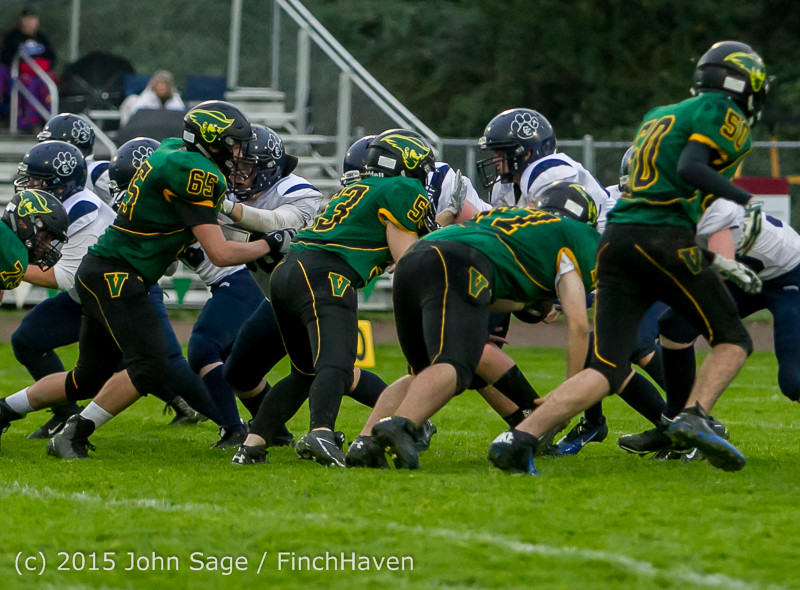 21811_JV_Football_v_Casc-Chr_102615