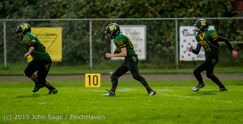 22169_JV_Football_v_Casc-Chr_102615