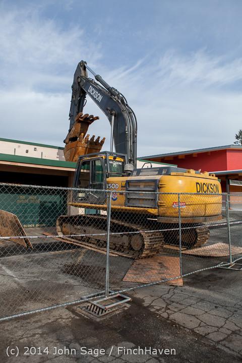 0390 B Bldg Demolition Day one 01152014