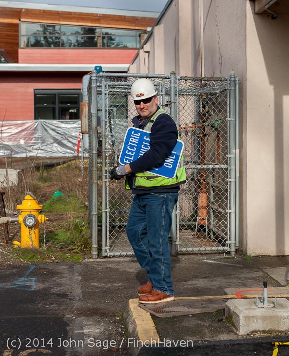 0392 B Bldg Demolition Day one 01152014