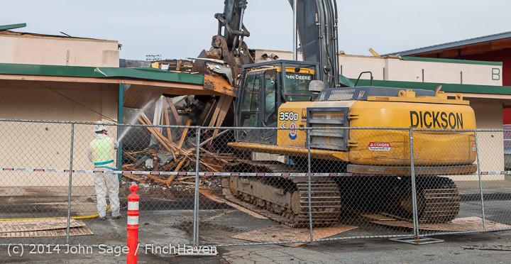 0476 B Bldg Demolition Day one 01152014
