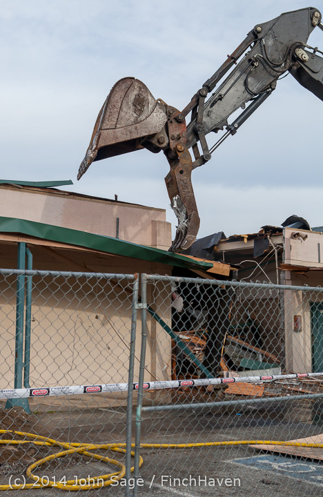 0499 B Bldg Demolition Day one 01152014