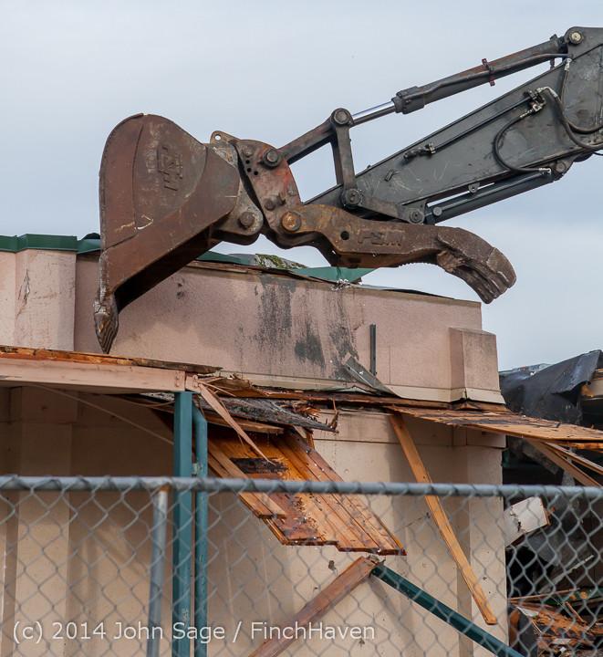 0537 B Bldg Demolition Day one 01152014