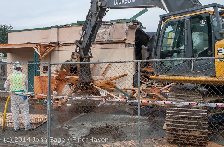 0562 B Bldg Demolition Day one 01152014