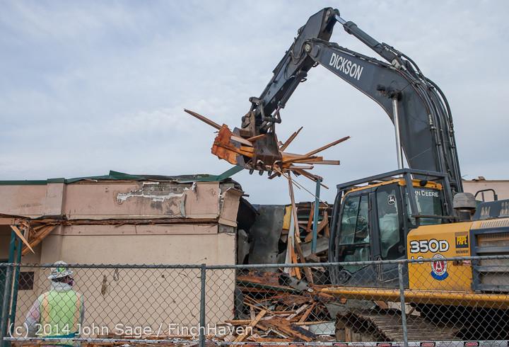 0569 B Bldg Demolition Day one 01152014