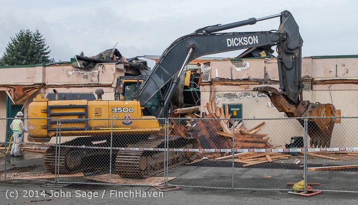 0692 B Bldg Demolition Day one 01152014
