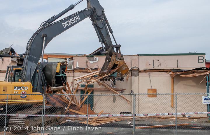 0699 B Bldg Demolition Day one 01152014