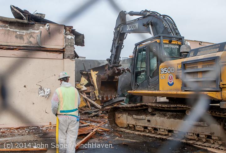 0753 B Bldg Demolition Day one 01152014