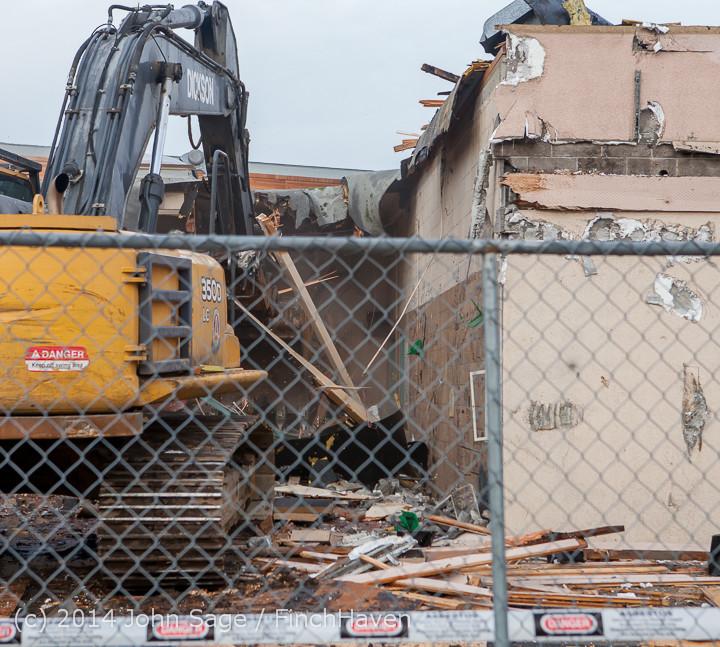 0811 B Bldg Demolition Day one 01152014