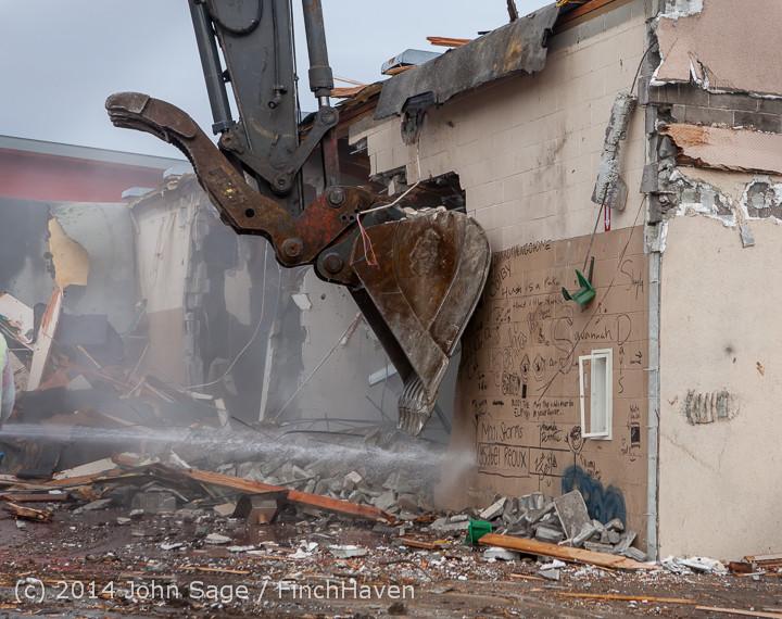 1008 B Bldg Demolition Day one 01152014