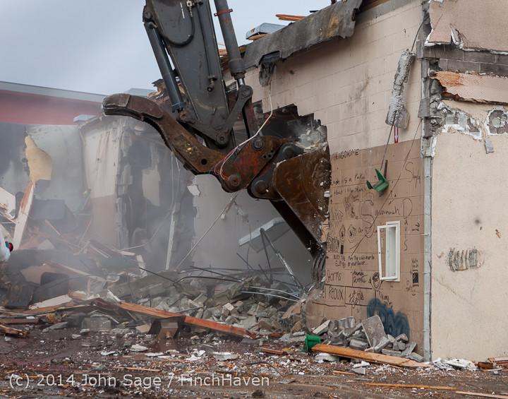 1009 B Bldg Demolition Day one 01152014