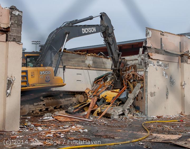 1125 B Bldg Demolition Day one 01152014