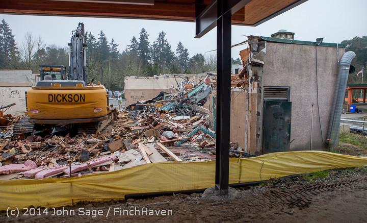1137 B Bldg Demolition Day two 01162014