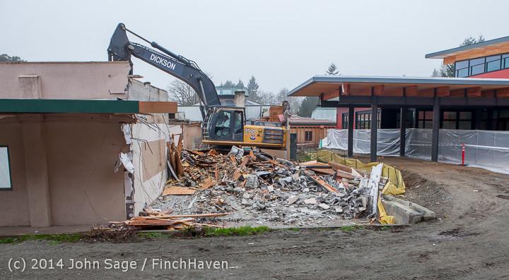 1181 B Bldg Demolition Day two 01162014