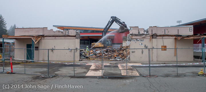 1201 B Bldg Demolition Day two 01162014