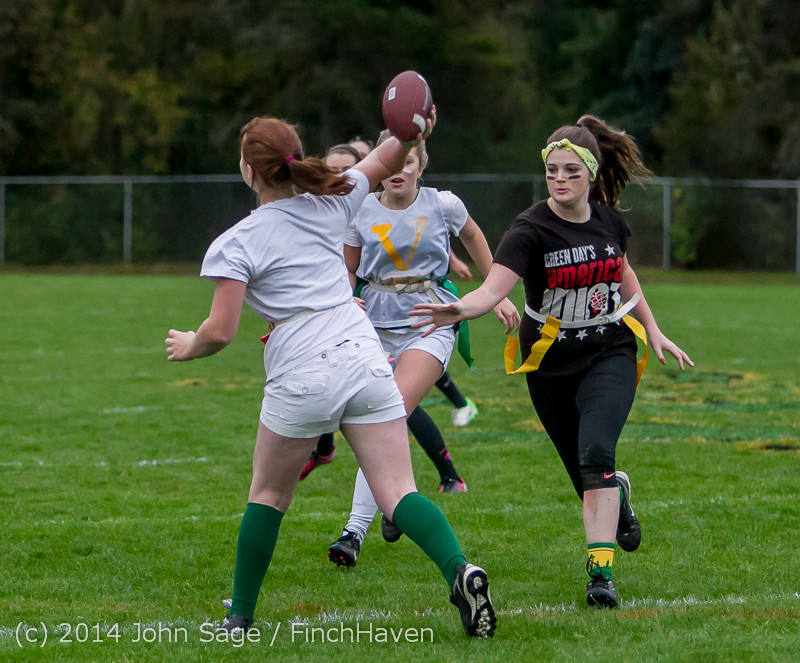 19808_the_Powderpuff_Game_VHS_Homecoming_2014_102414