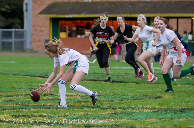 20393_the_Powderpuff_Game_VHS_Homecoming_2014_102414