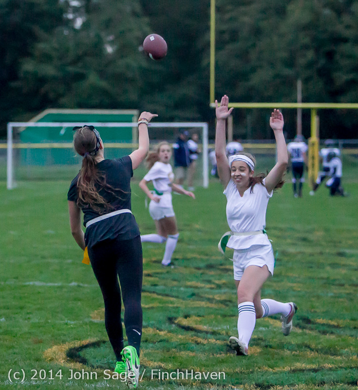 21121_the_Powderpuff_Game_VHS_Homecoming_2014_102414