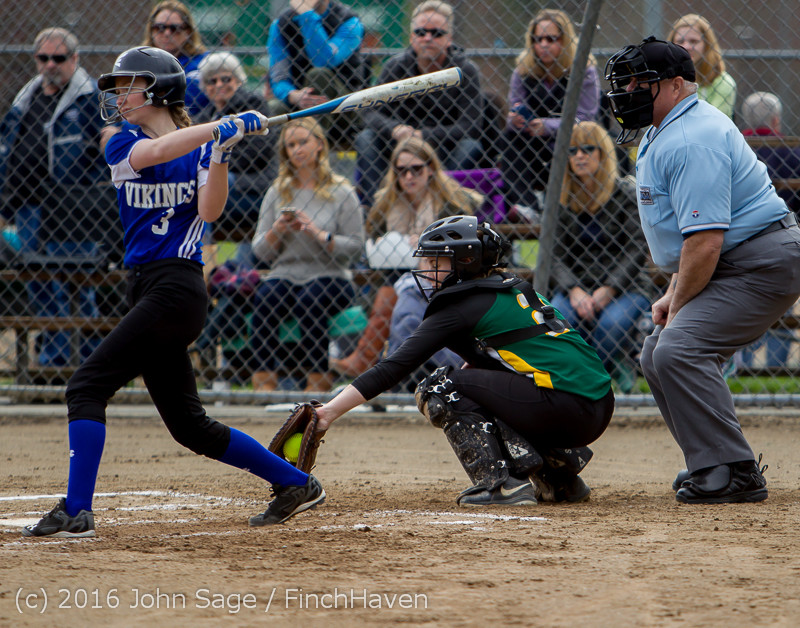 5229 Softball v Belle-Chr 032616