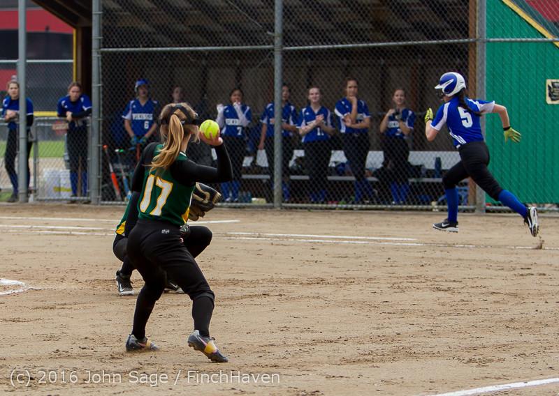 5720 Softball v Belle-Chr 032616