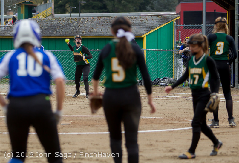 5731 Softball v Belle-Chr 032616