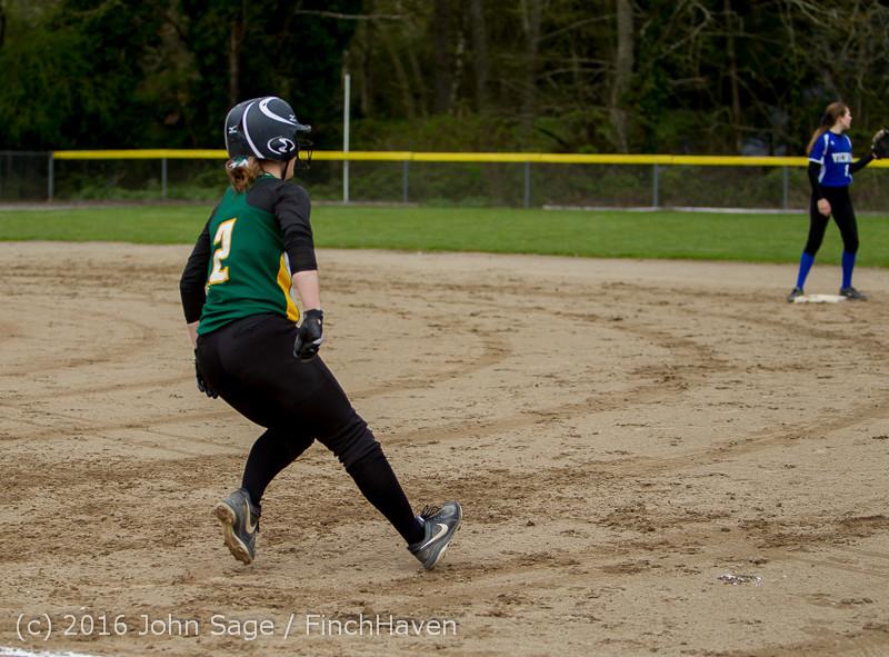 5815 Softball v Belle-Chr 032616